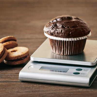 How to Easily Use a Food Scale to Track Your Macros